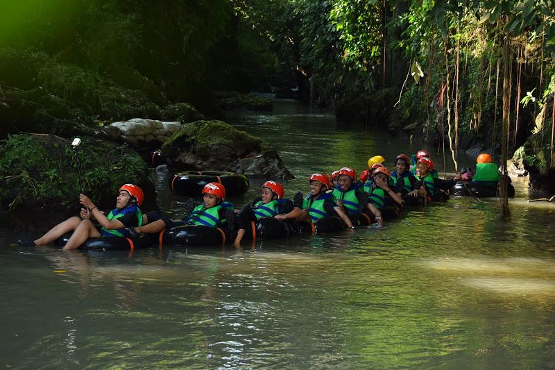 karst tubing Sedayu Bantul Yogyakarta