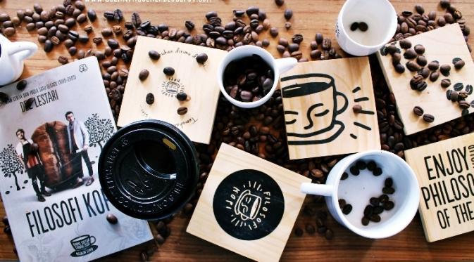 a cup coffee bean filosofi kopi