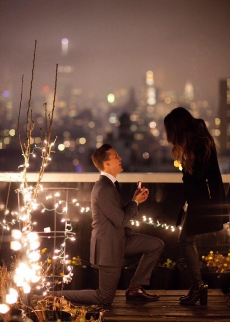 couple love ring night romantic dinner gift valentine