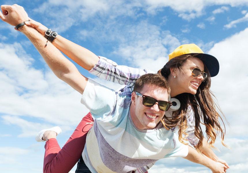 romantis couple flying smile happy