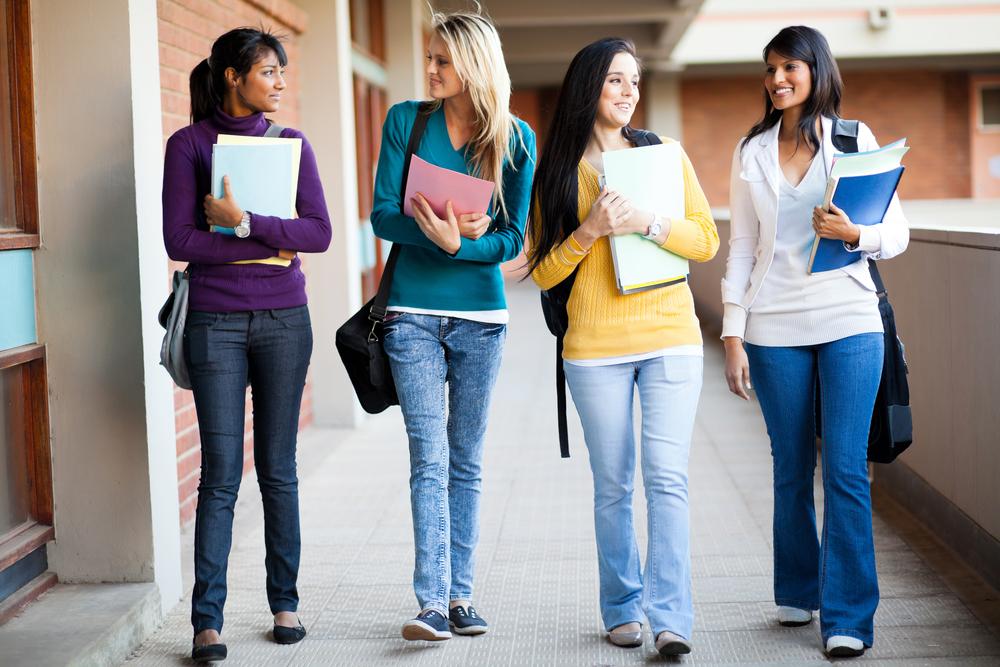 kuliah mahasiswa mahasiswi jogja kampus universitas perguruan tinggi sekolah belajar
