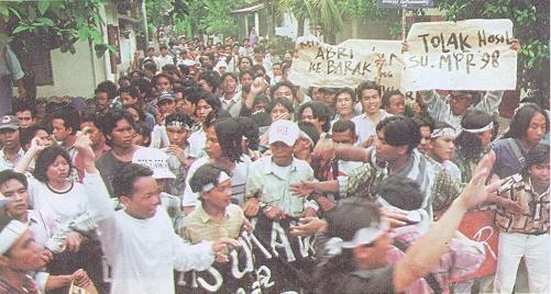 demonstrasi mahasiswa mei sidang umum mpr 1998 jogja gejayan kelabu