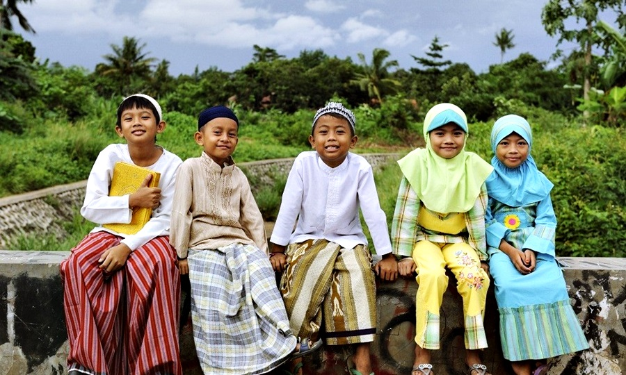 gajah mada majapahit indonesia islam kerajaan demak belanda gaj ahmada boys girls kids bridge