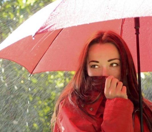 musim hujan rain umbrella girl