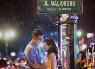 couple prewedding jogja malioboro